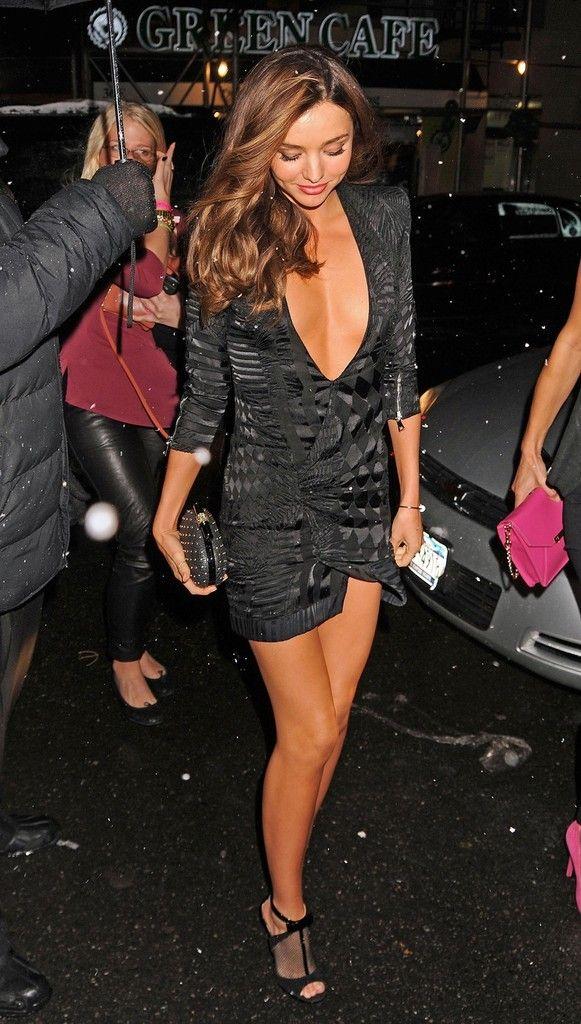 Miranda Kerr - Victoria Secret Red Carpet - Black Dress