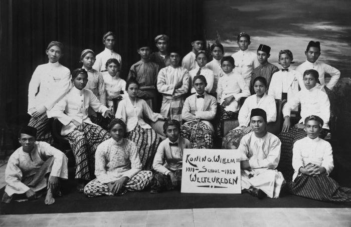 Sekolah 1919 - Jaman Belanda. Koning Willem III school, Weltevreden ( Jakarta)