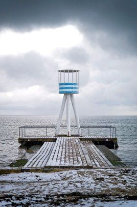 Bellevue Strand. Arne Jacobsen's life guard tower. Image: Jens Markus Lindhe. #allgoodthings #danish #architecture spotted by @missdesignsays