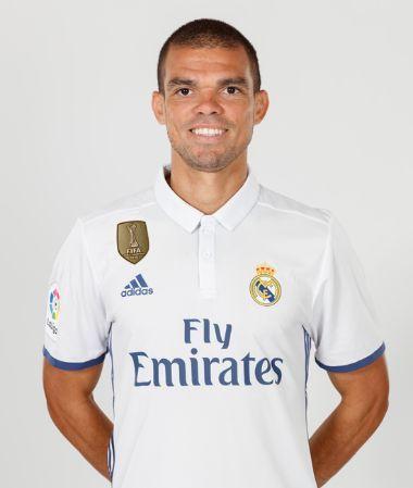 Web Oficial con la ficha detallada de Pepe, defensa del Real Madrid, con su estadísticas y las mejores fotos, vídeos y noticias.