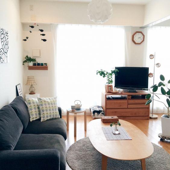 達人のお部屋拝見!北欧インテリアをテイスト別に見ていこう! | folk ローソファ&丸みのあるテーブル
