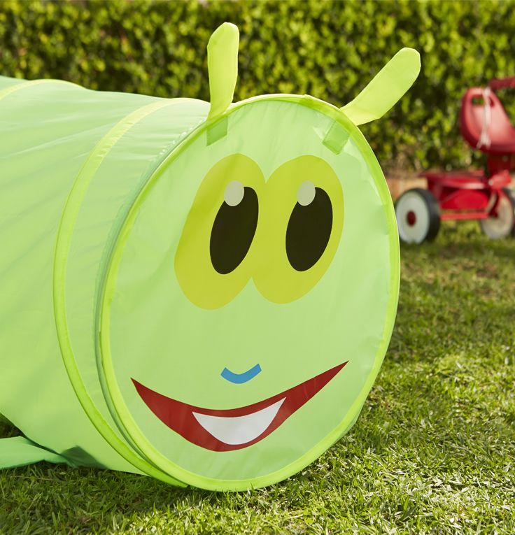 Check out this fun worm play tunnel. It'll keep your kids entertained for hours. #Kids #Easter