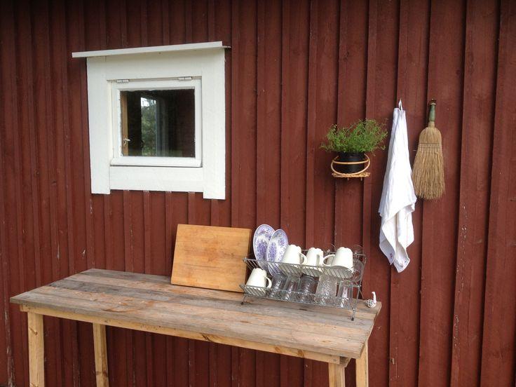 Summerhouse dishwashing