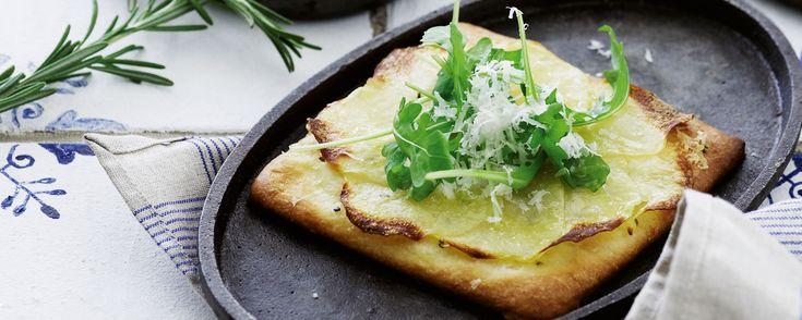 Det finnes et hav av oppskrifter på gode italienske pizzaer. Denne er kanskje en av de enkleste, men ikke desto mindre en av mine favoritter.
