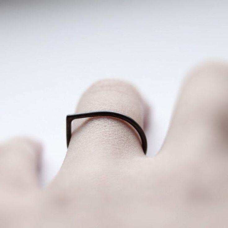 Thorn Ring \ MIRTA