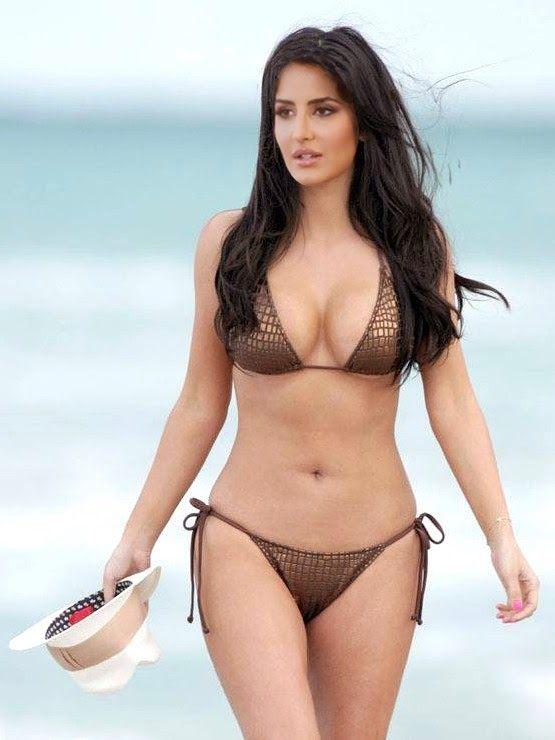 Naked Celebs Katrina Kaif In Two Piece Bikini  Hot -4787