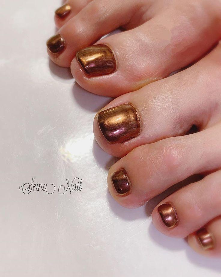 【brown mirror】 . 秋らしさ🍂 . . . . #nail#nails#nailart#naildesign#gel…