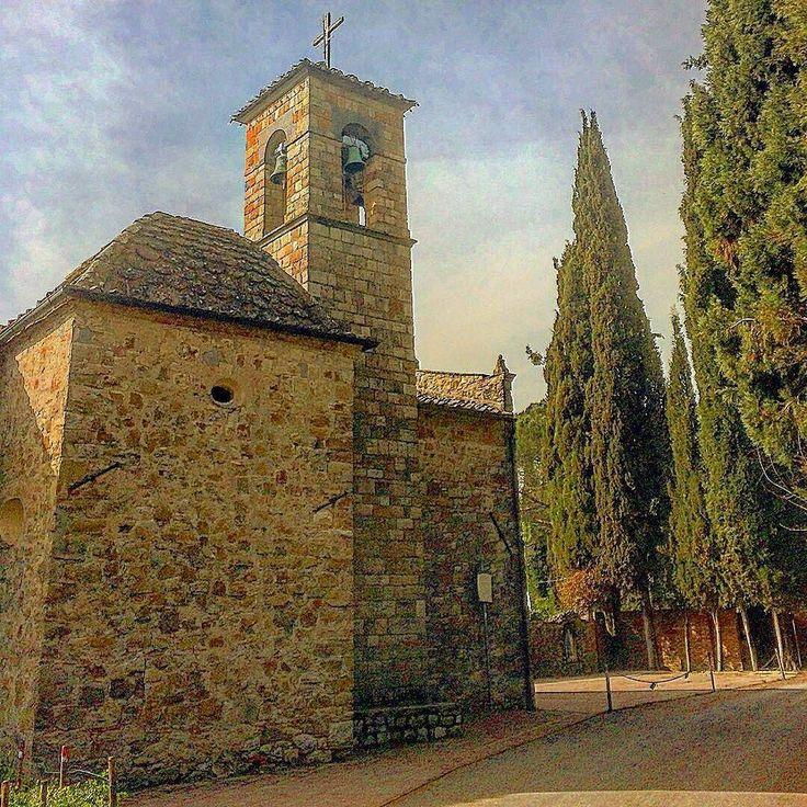 Chianti's Countryside Church at Santa Cristina a nice place between Strada in Chianti and Impruneta #wonderful #placetogo #church #instamood #instadaily #tuscany #italy #art #discovertuscany #discoveritaly #colors #nature #magic #love #beautiful #Firenze #chianti  Photo credit: @borogovoi