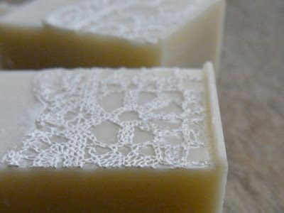 white lace soap with handmade silicone lace mat, Sapone di HATAYA  ハタヤ商会