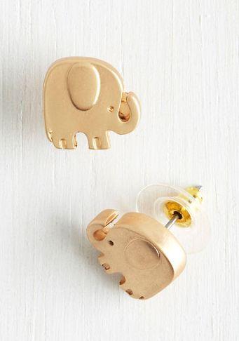 Adorable elephant earrings.