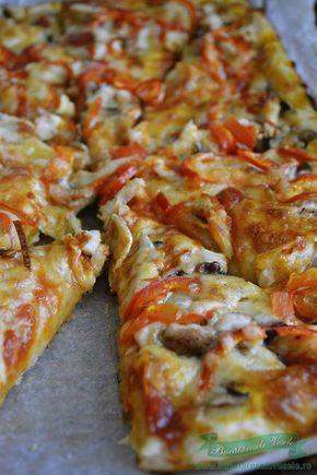 Pizza cu piept de pui
