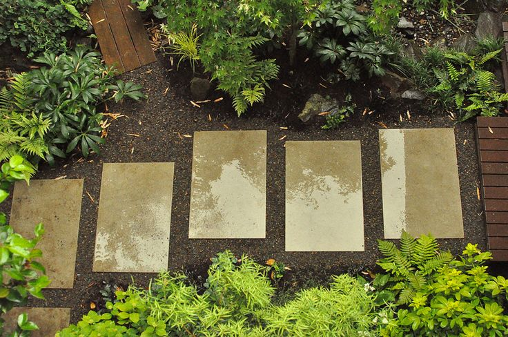 Mid century modern path staggered concrete architectural for Contemporary japanese garden