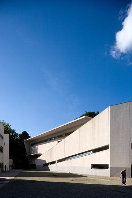 Faculdade de Arquitectura | School of Architecture  Porto - 1994 | © Fernando Guerra, FG+SG Architectural Photography
