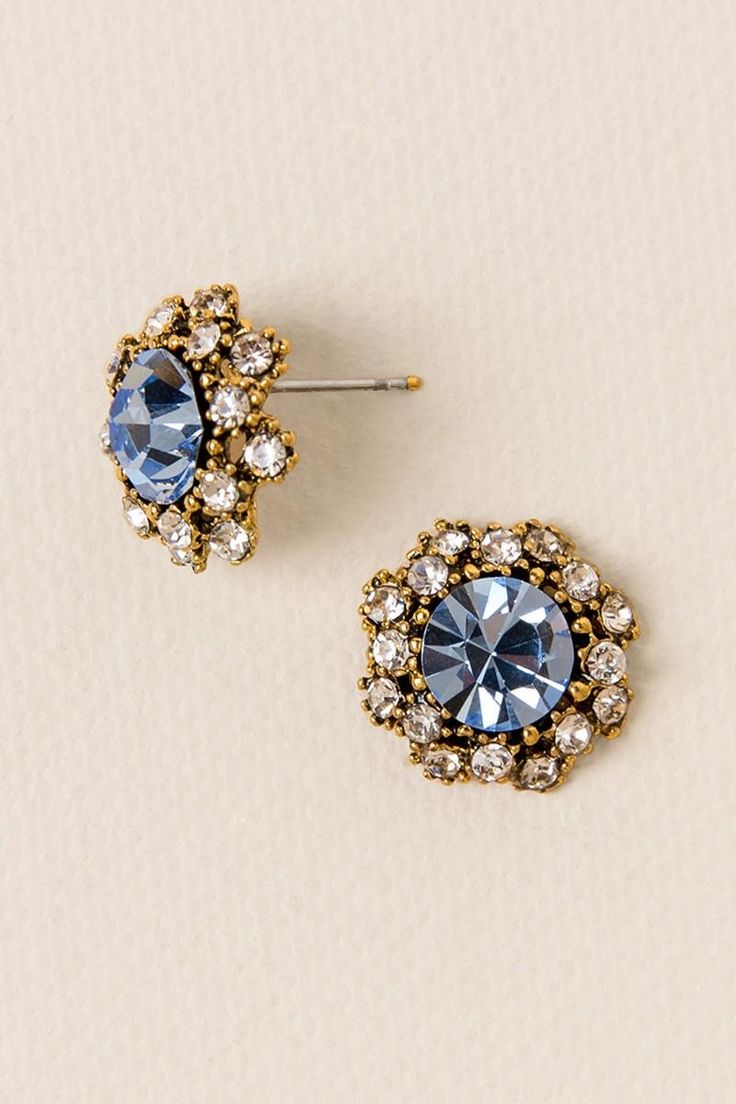 Caruso Pavè Stud in Blue