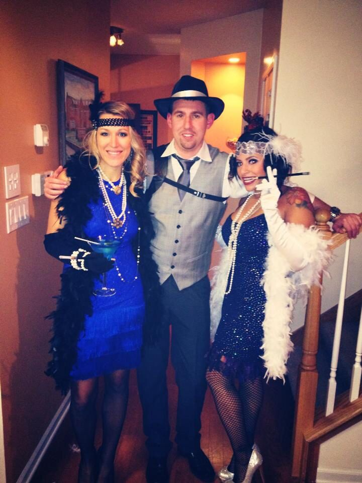 Gatsby 20's themed Halloween party! Best theme!!