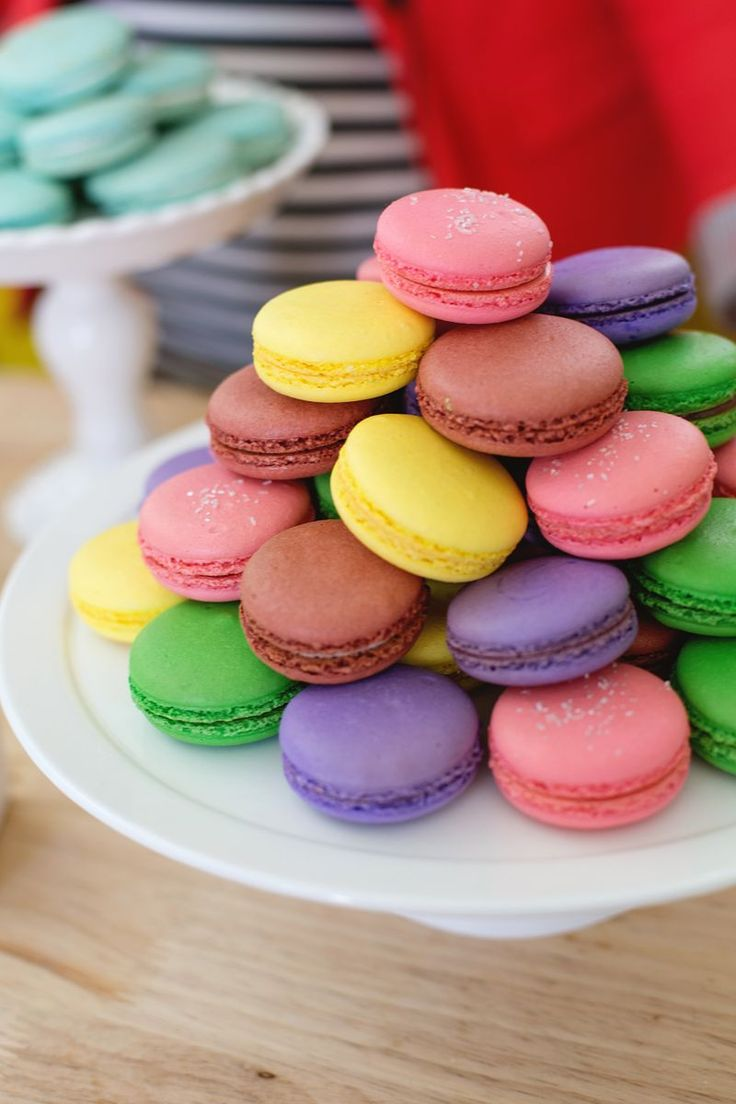 54 best French Macarons and Macaroons - Love these images on Pinterest