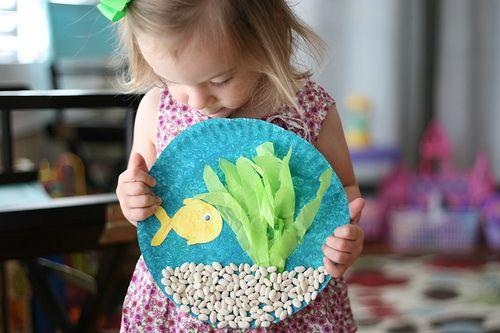 I love this paper plate aquarium!  Cheerios and Lattes - http://www.cheeriosandlattes.com/saturday-show-tell-9-5-5/