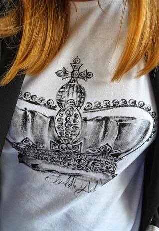 T-shirt hand painted attebasile by elisabetta antonelli. De rerum natura collection. fai un offerta su asos! :D