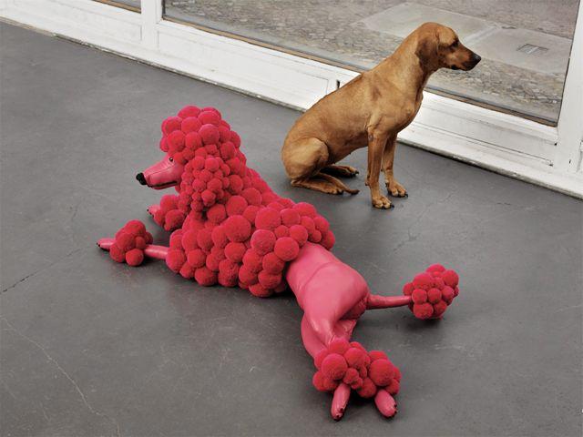 """Подушка-игрушка из помпонов """"Розовый пудель"""""""