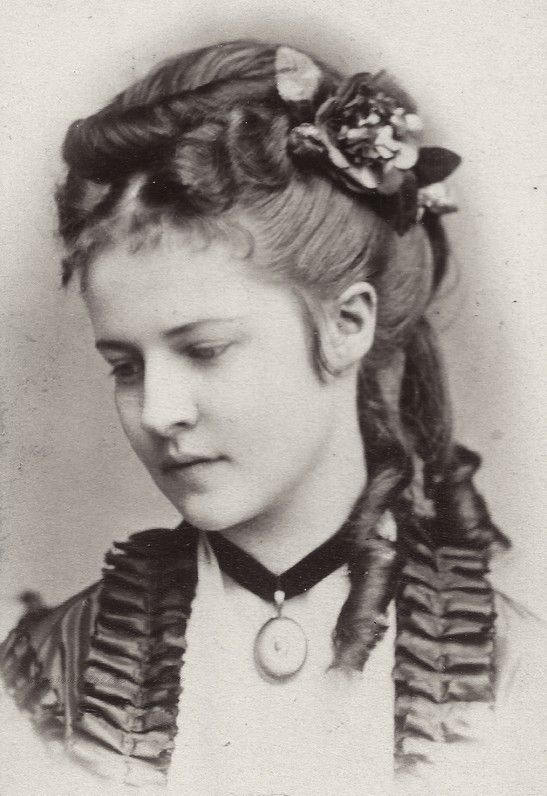 1870-1879 hats & hair styles