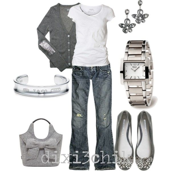 Cute gray outfit!