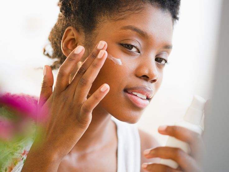 Uh-Oh! Your Sister Was Wrong—Retinol and Retinoid Are Not the Same Thing
