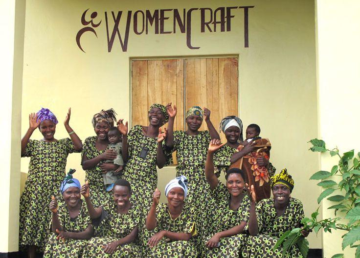 Womencraft i Tanzania. Tillverkar underbara Fair Trade korgar.