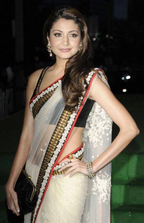 Actress Anushka Sharma Hot Indian Saree Dress