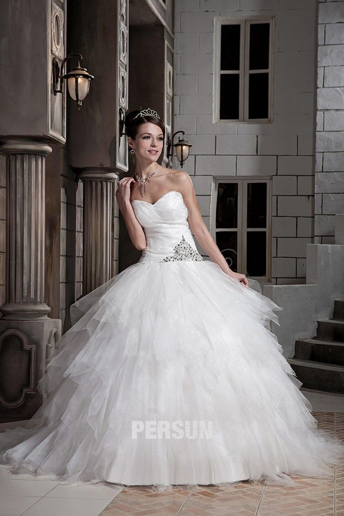 Robe princesse décolleté en cœur avec jupe bouffante $286.53 Robe de mariée 2014