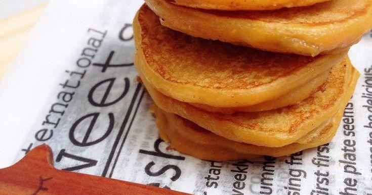 離乳食メニュー 卵、牛乳不使用!アレルギーがあるお子様にもおすすめです☺︎もちもち美味しいパンケーキ