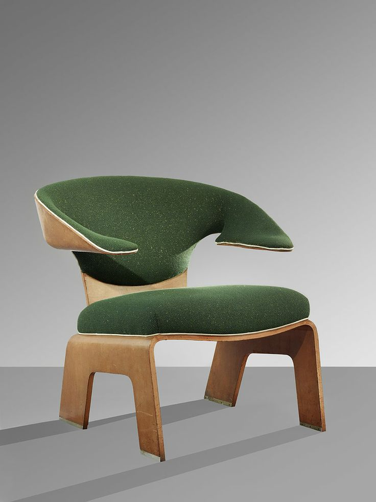 """Kenzo Tange´s lounge chair.  I like the look but really; sometimes I think other people have a different idea of what """"lounge"""" means than I do."""