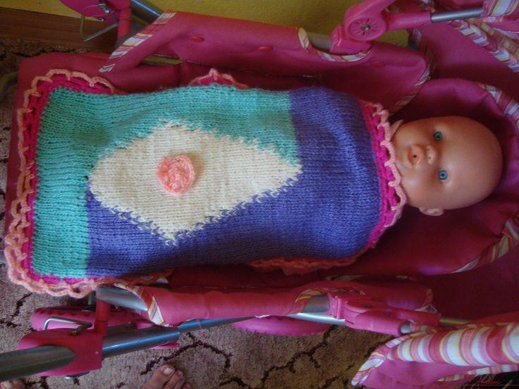 Пошаговые фотографии процесса вязания на спицах одеяла для кукол. Фото №6