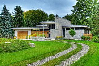 Contemporary Home - contemporary - exterior - toronto - by Shouldice Media