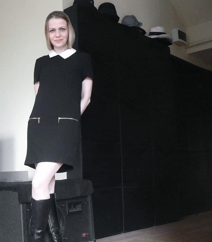 black dress white collar style hacks sixties kitten minimal look EPIC STREETSTYLE by Gabriella
