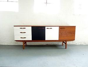 Elegant Danish Design SIDEBOARD / Cabinet * Teak Vintage Retro Upcycled