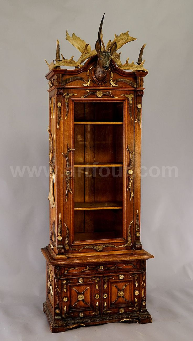 Fantastic Black Forest Oak Wood Cabinet With Antler Decoration Ca.