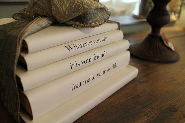 Covered books...: Books Covers, Holiday Ideas, Ideas Houses, 2011 Holidays, Holidays Ideas, High Heels, Bachman 2011, A Quotes, Old Books