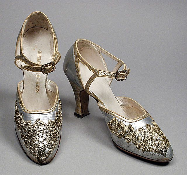 Art Deco Shoes - c. 1926 - Saks Fifth Avenue. @designerwallace