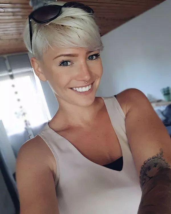 Bleach Blonde #shorthairstyles #shorthaircut #blonde #blondehair