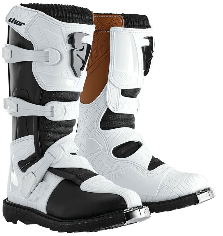 Thor Women's Blitz CE Boots - Thor's new entry level moto boot, the Blitz replaces the Quadrant and brings with it some exciting new features. A three buckle design instead of four, the setup is saves weight while staying just as secure. The welted sole is built for toughness and with the molded shin plates and heat shields your feet are thoroughly protected from impacts and hot exhaust.