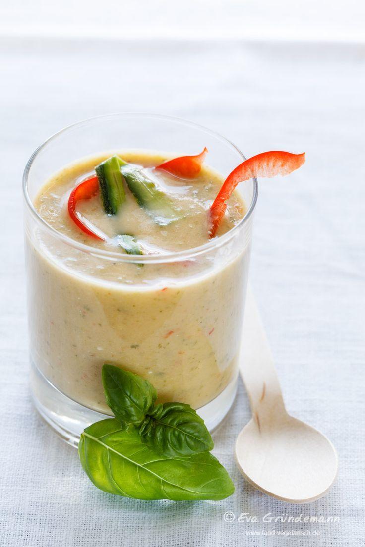 Zucchini bell pepper soup