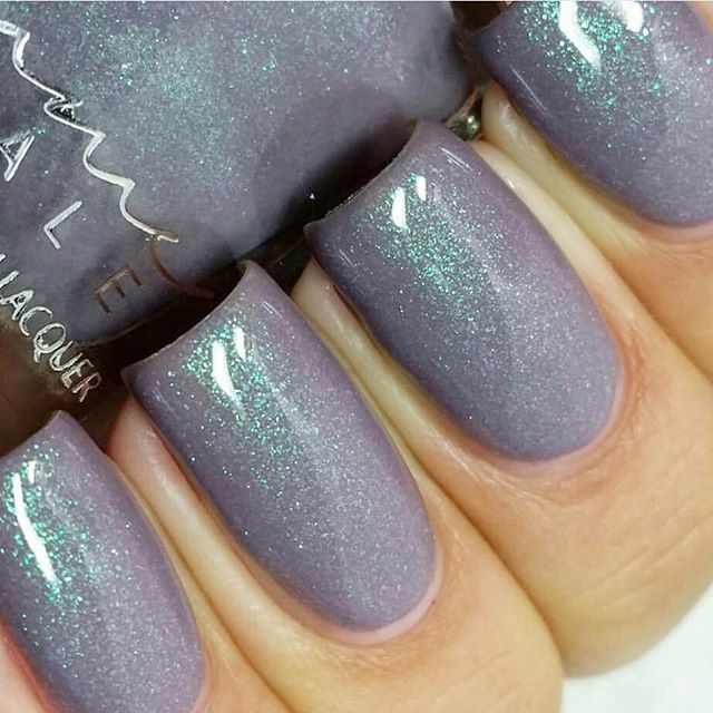 La Scala - slight purple toned grey with green-pink shimmer. Part of our 5th Anniversary Trio (LE) out Oct 1st. Swatched beautifully by @lacquerloon ♡ #femmefatalecosmetics #femmefatale #aussienails #australianails #aussieindie #trending #australianmade #AIPAS #aussiepolish #nails2inspire #polishpromote #notd #nailsoftheday #nailstagram #nailobsession #polishobsession #nailfeature #nailpromote #nailjunkie #indiefeature #indiepromote #indiepolish #instanails #ignails #nailsforall #nailgram…