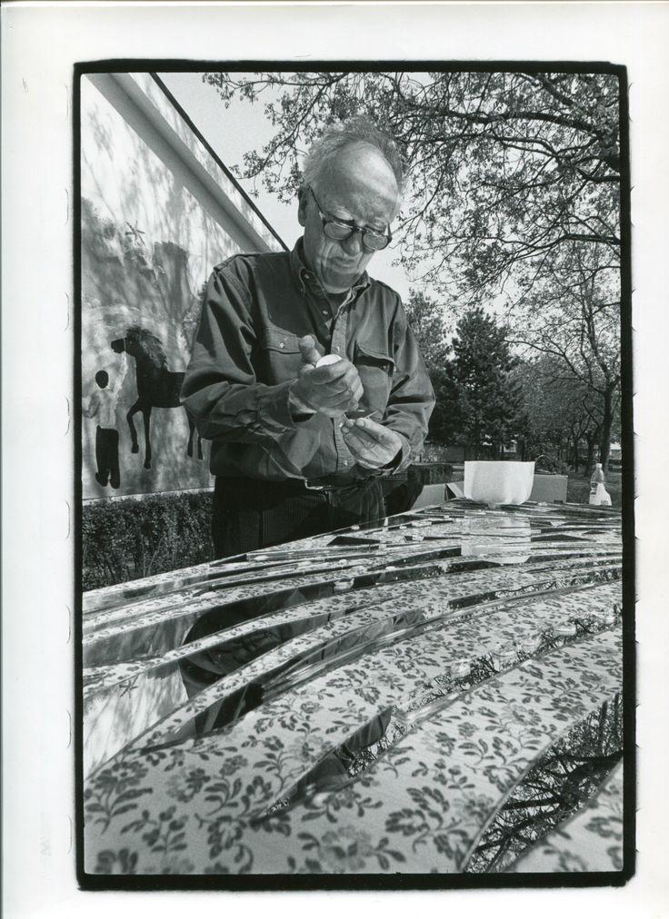 Museo d'arte Paolo Pini, Enrico Baj, Il sole di specchi,1995
