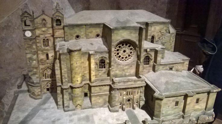 Modelo de San Vicente - San Sebastian: Gotico con un toque Romantico
