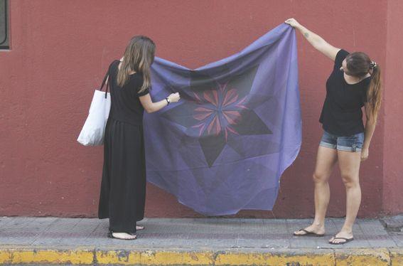 Mantel Huella www.mandarinacaiman.com