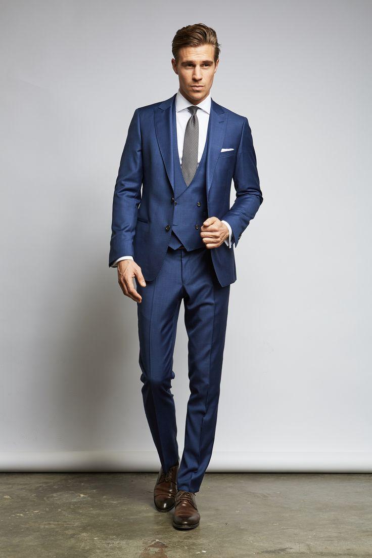 Hochzeitsgast Blauer Anzug