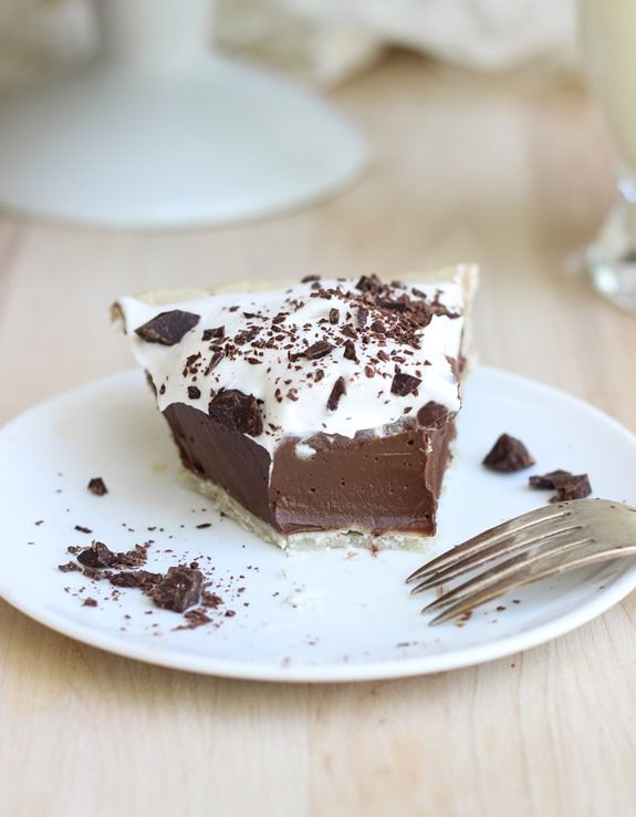 Healthy Silk Chocolate Pie made without dairy or tofu. You'll never believe this dessert is actually good for you! #vegan #glutenfree #silkchocolatepie