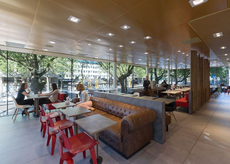 Camouflaged Into Its Surroundings: McDonalds Restaurant by Mei Architects