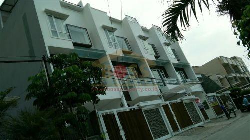 HOT ! For SALE : LuXurious House di MANGGA 4, Kepa Duri MANGGA, Kepa Duri, MANGGA, Kepa Duri Kebon Jeruk » Jakarta Barat » DKI Jakarta
