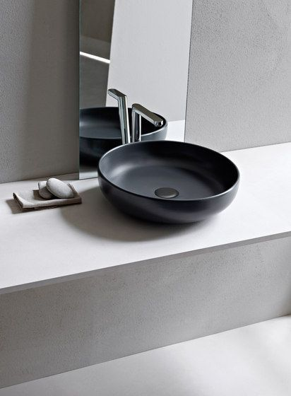The perfect combination of design and functionality. On the occasion of its 10 years, the collection is enriched with new sanitary wares and washbasins maintaining the stylistic coherency and function…